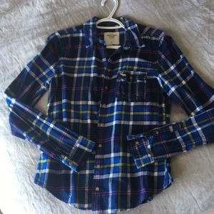 💕 Abercrombie & Fitch Flannel Plaid Shirt